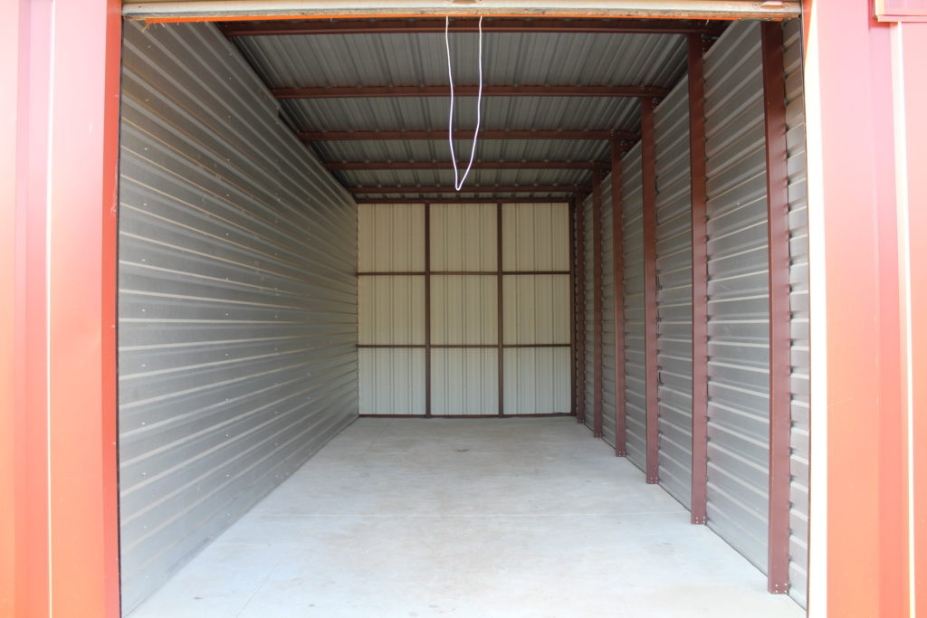 Lakehills Storage